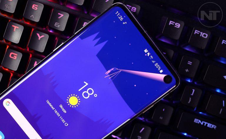Как скрыть вырез камеры с дыроколом на Samsung Galaxy S10 и S10 Plus
